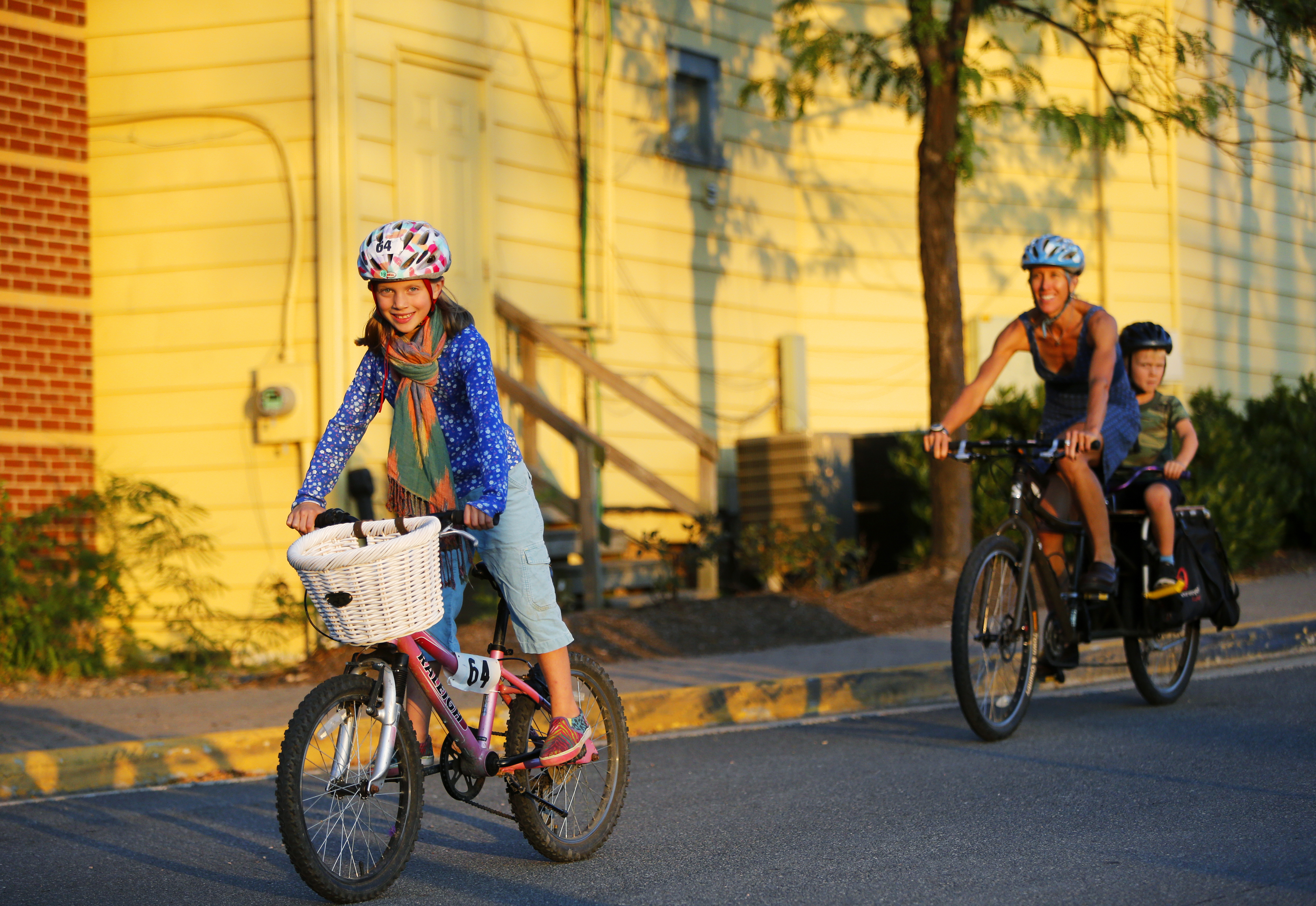 Cast Your Vote for the Best Picture of Car-Free Kiddies in ...