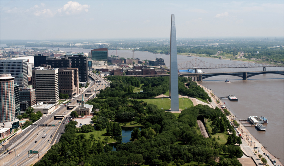St. Louis' I-70 isolates the city's iconic Gateway Arch. Image: CNU