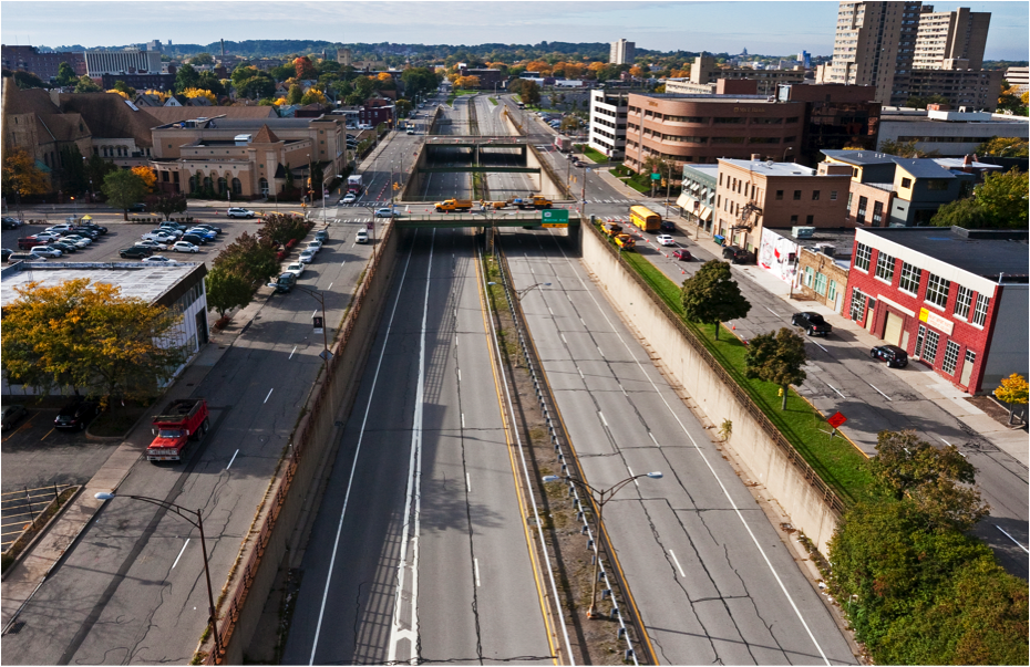 The city of Rochester has secured federal funding to convert portions of its Innerloop freeway to an at-grade city street. Image: CNU