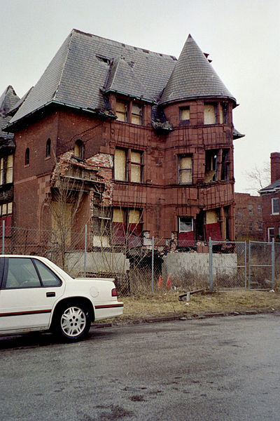 Tearing down Detroit's abandoned residential and commercial structures would cost $1.85 billion -- far less than widening two highways in the area. Photo: Wikipedia
