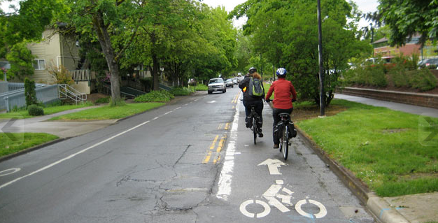 Contraflow bike lanes -- of bike lanes that are directed the opposite way of vehicle traffic, look to be on their way to the nation's leading traffic engineering guide. Photo: NACTO
