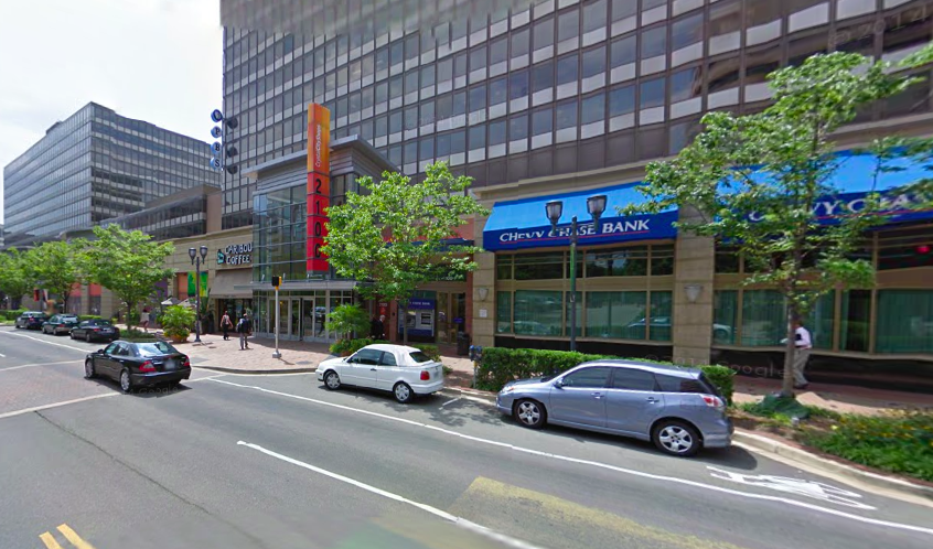 On Crystal Drive in Arlington, Virginia, a blank wall has been transformed into a walkable streetscape. Photo: Google Maps