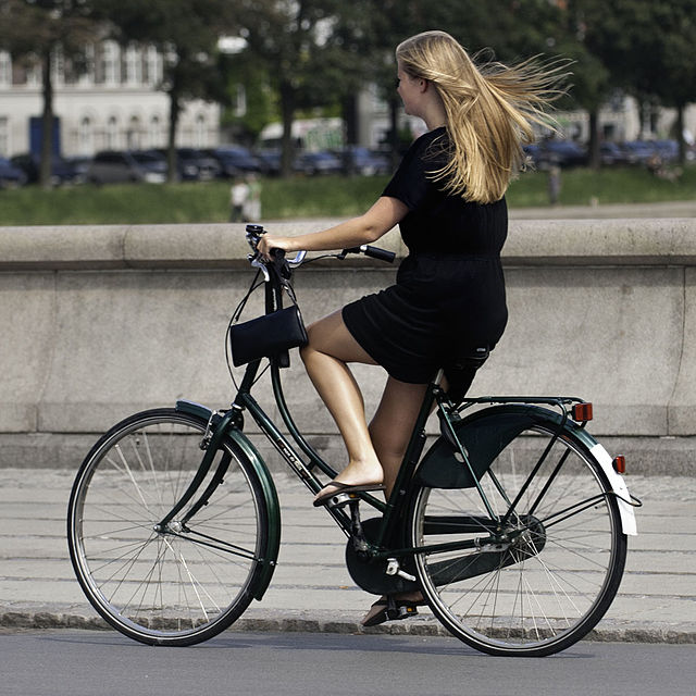 """Norway cyclists got a bonus for their good deed in the form of """"reverse tolls."""" Photo: Wikipedia"""