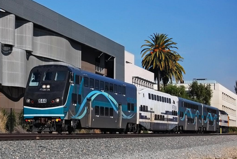 Well planned transit projects using clean rail technology shouldn't run afoul of environmental laws. But that's what's happening in San Bernardino. Photo: SANDAG